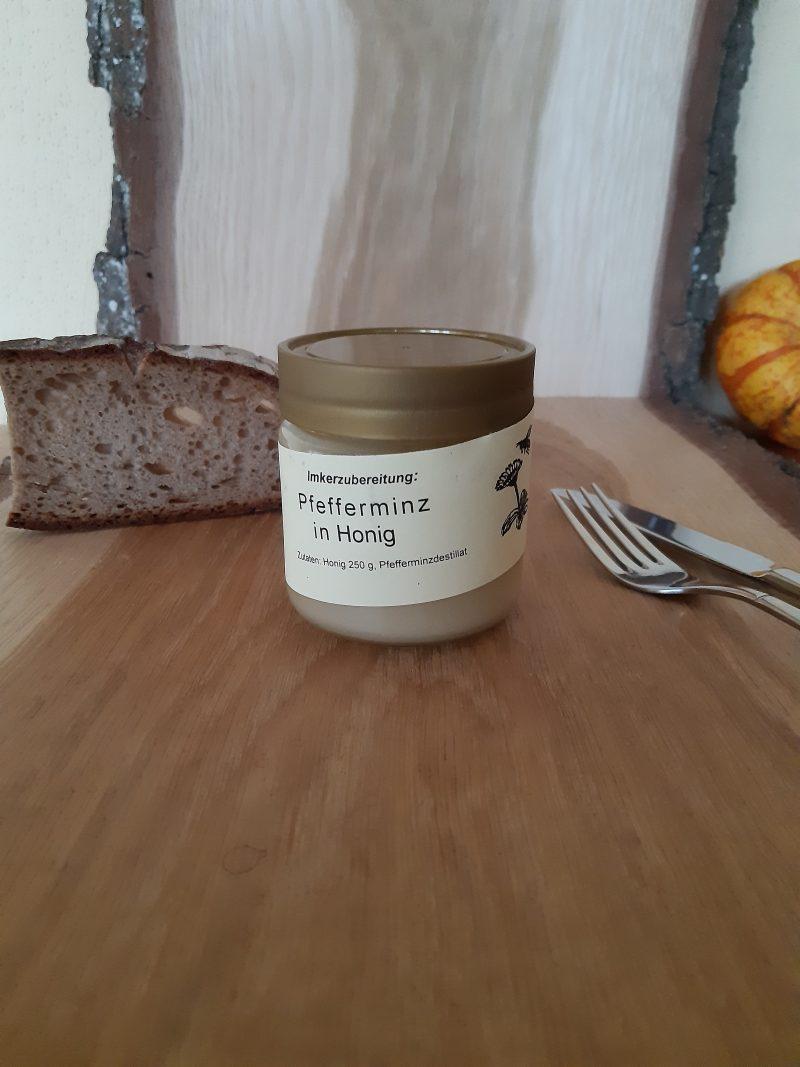 Honig mit Pfefferminze